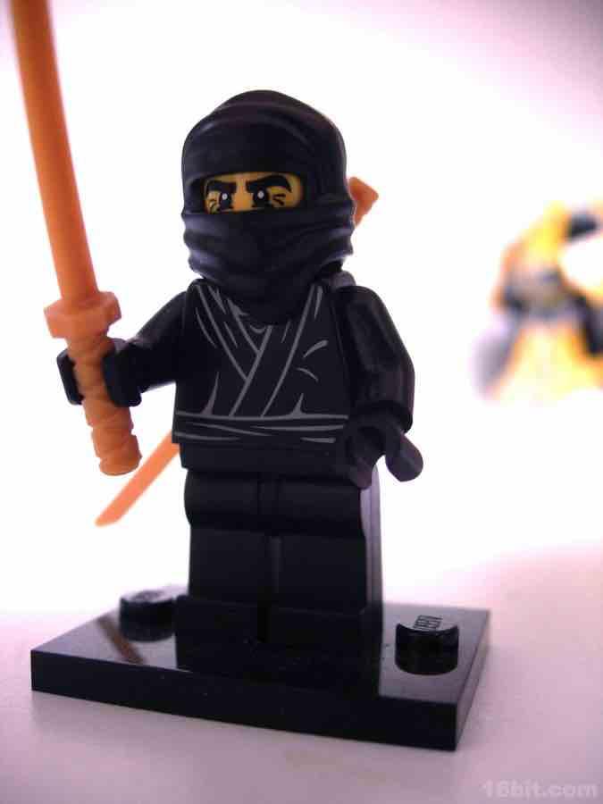 16bit.com Figure of the Day Review: LEGO Minifigures Series 1 Ninja