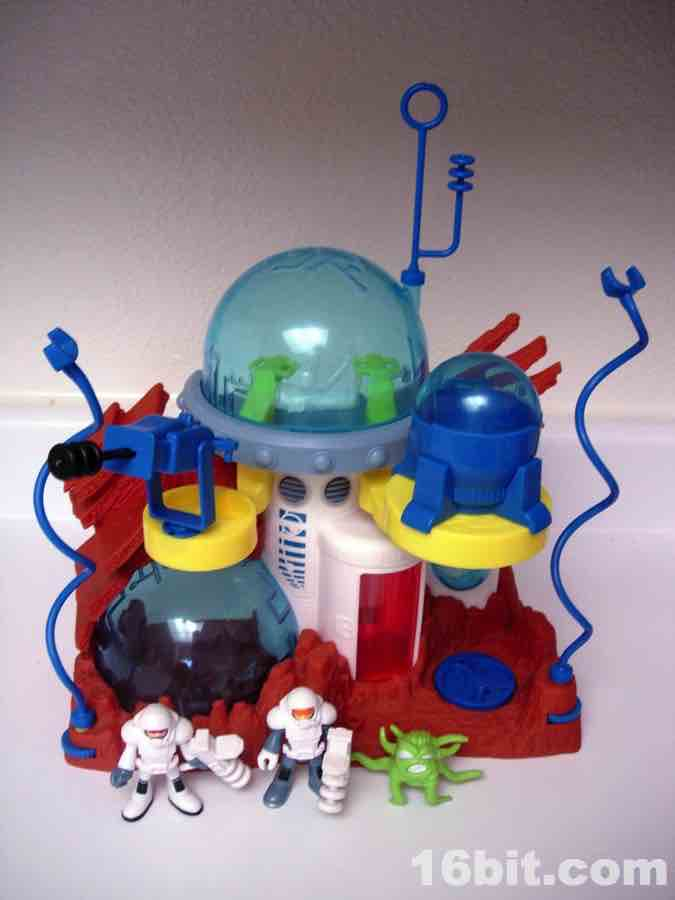 16bit Figure Of The Day Review Fisher Price Imaginext Space