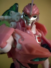 Hasbro Transformers Prime Arcee Action Figure