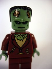 LEGO Minifigures Series 4 The Monster