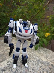 Hasbro Transformers Generations Fall of Cybertron Autobot Jazz