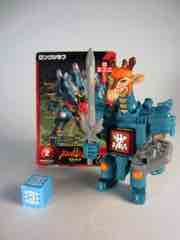 Takara-Tomy Beast Saga Long Giraf Action Figure
