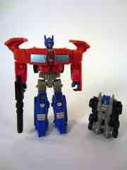 Hasbro Transformers Generations 30th Anniversary Optimus Prime with Autobot Roller