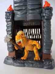 Irwin Toy Predasaurs Cage Set with Trading Figure