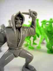 Tim Mee Toys Green and Grey Legendary Battle Figure Set