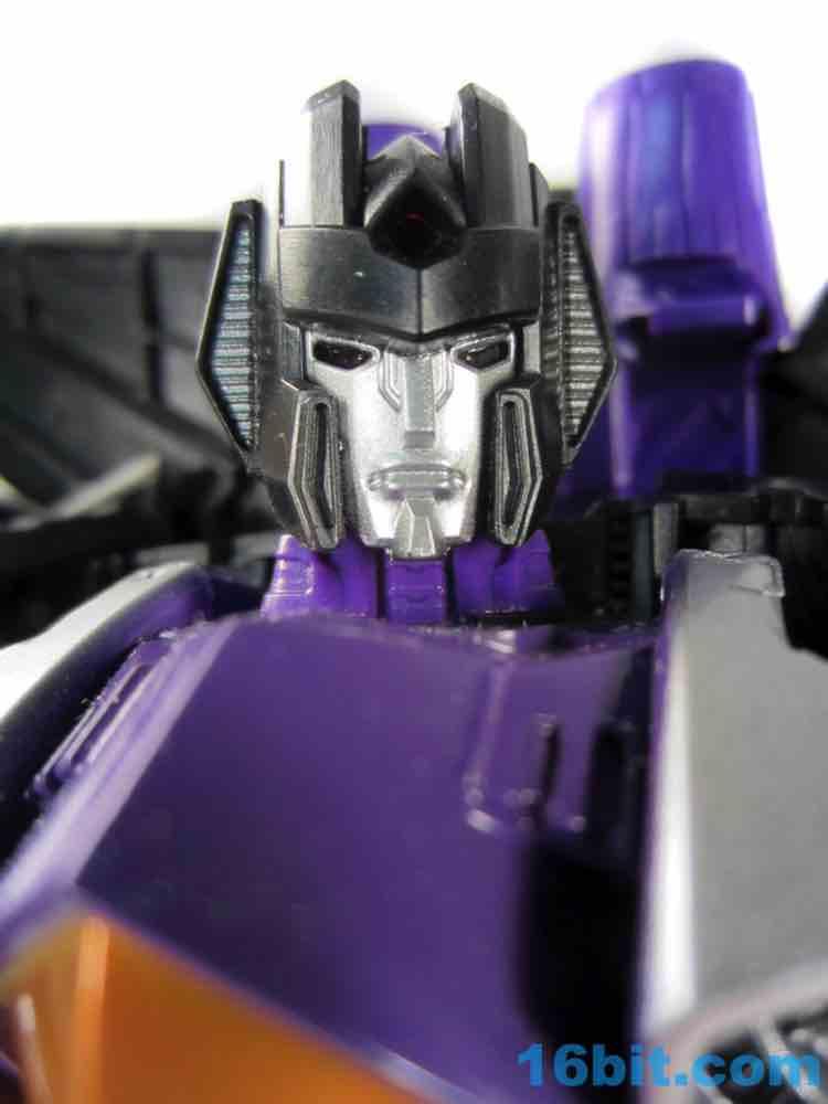 Hasbro Transformers Generations Combiner Wars Skywarp Action Figure