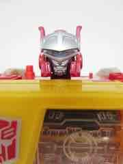 Hasbro Transformers Generations Titans Return Autobot Blaster