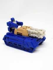 Hasbro Transformers Generations Titans Return Terri-Bull
