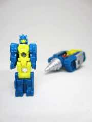 Hasbro Transformers Generations Titans Return Nightbeat
