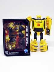 Hasbro Transformers Generations Titans Return Bumblebee