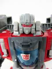 Hasbro Transformers Generations Titans Return Broadside