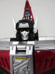 Hasbro Transformers Generations Titans Return Sky Shadow