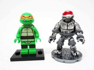 Mega Bloks  Eastman and Laird/'s Teenage Mutant Ninja Turtles Set of 2