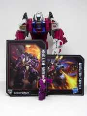 Hasbro Transformers Generations Titans Return Grotusque