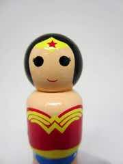 Bif Bang Pow! DC Comics Pin Mate Wonder Woman