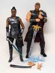 Hasbro Marvel Legends Thor Ragnarok Thor and Marvel's Valkyrie