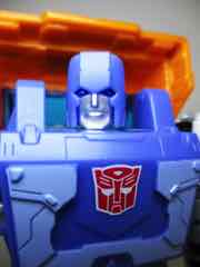 Hasbro Transformers Generations War for Cybertron Kingdom Deluxe Huffer Action Figure