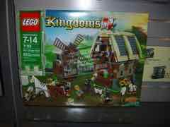 Toy Fair 2011 - LEGO Kingdoms