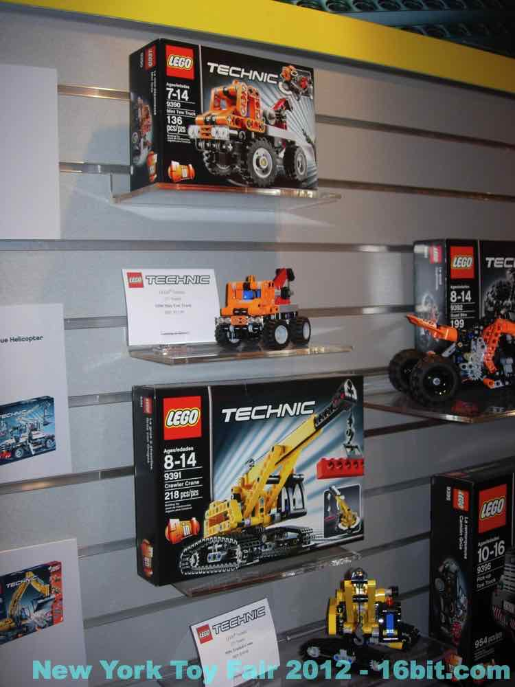 toy fair lego technic from adam pawlus. Black Bedroom Furniture Sets. Home Design Ideas
