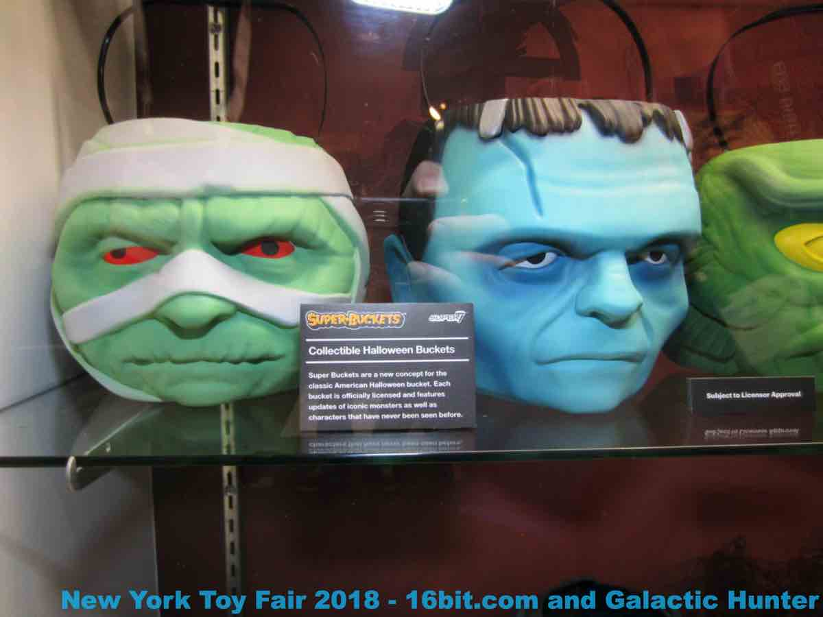 16bit Com Toy Fair Coverage Of Super7 Universal Monsters