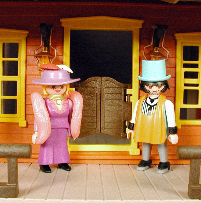 9416815e38b 16bit.com  Toy Archive  Golden Nugget Saloon from Playmobil (1994)